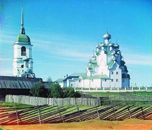Этой красавицы-церкви рядом с Вытегрой уже нет. Фото начала XX века