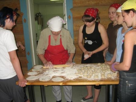 Учимся печь калитки