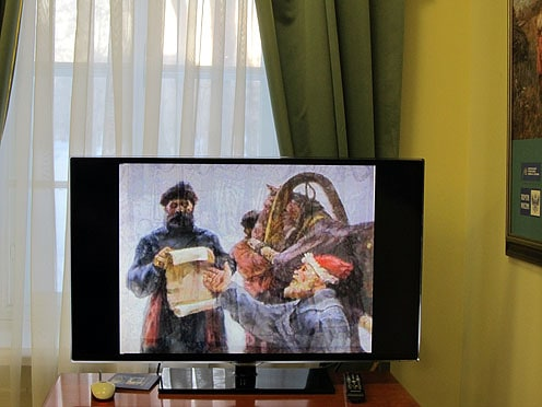 Здесь же, в зале выставки, можно посмотреть фильм об истории почты в России