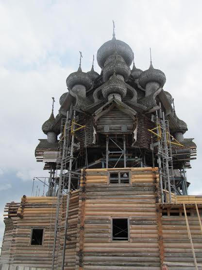 """Преображенская церковь на острове Кижи. Июль 2014 года. Фото музея """"Кижи"""""""