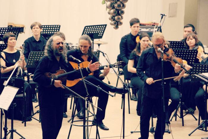 """Трио """"Лойко"""" на сцене Карельской госфилармонии"""