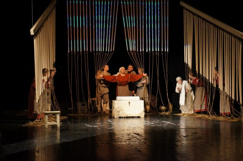 Национальный театр показал этноспектакль на карельском языке