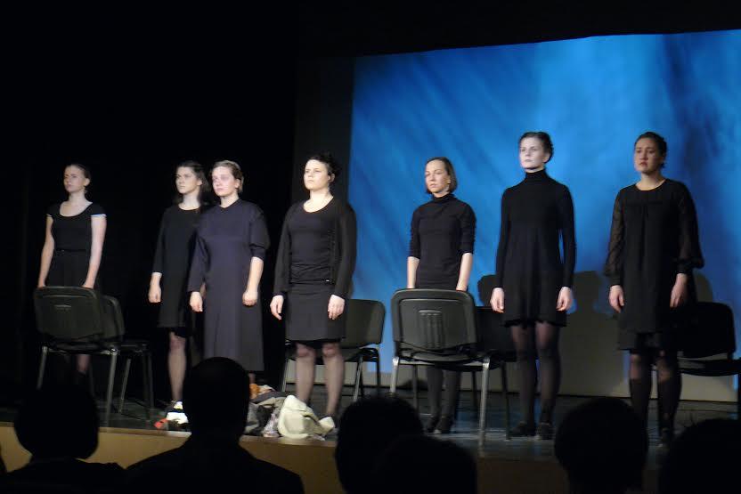 Спектакль «Шоа»показали в Петрозаводске в Международный день памяти жертв Холокоста студенты из Санкт-Петербурга.