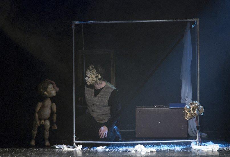 """""""Скверный мальчишка"""" в Театре кукол Карелии"""