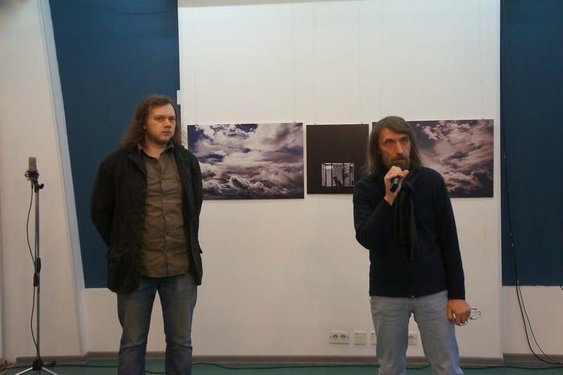 """В медиа-центре «Vыход» открылась выставка """"Арсений Морозов. Первая выставка. Фотография"""""""