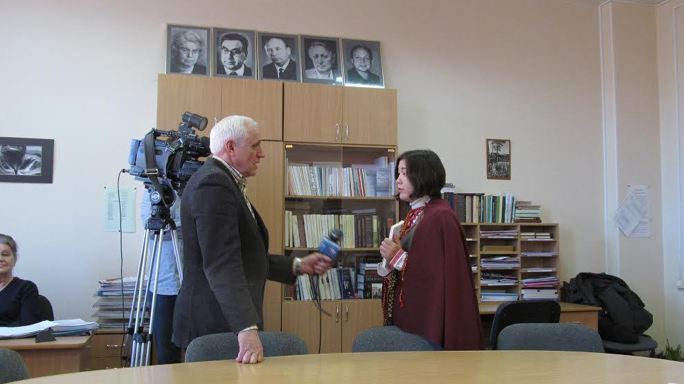 Рёко Ямагучи дает интервью Александру Еремееву, Карельское ТВ