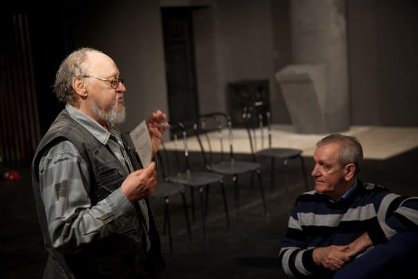 Обсуждение премьеры. Борис Гущин (слева) и Олег Юнилайнен