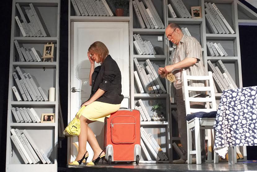 """Театр """"Буфф"""". Сцена из спектакля """"Дождь"""""""