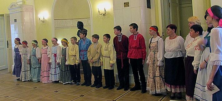 Украшением презентации стало выступление  фольклорного коллектива Толвуйской средней школы