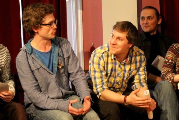 Актеры обсуждают пьесу