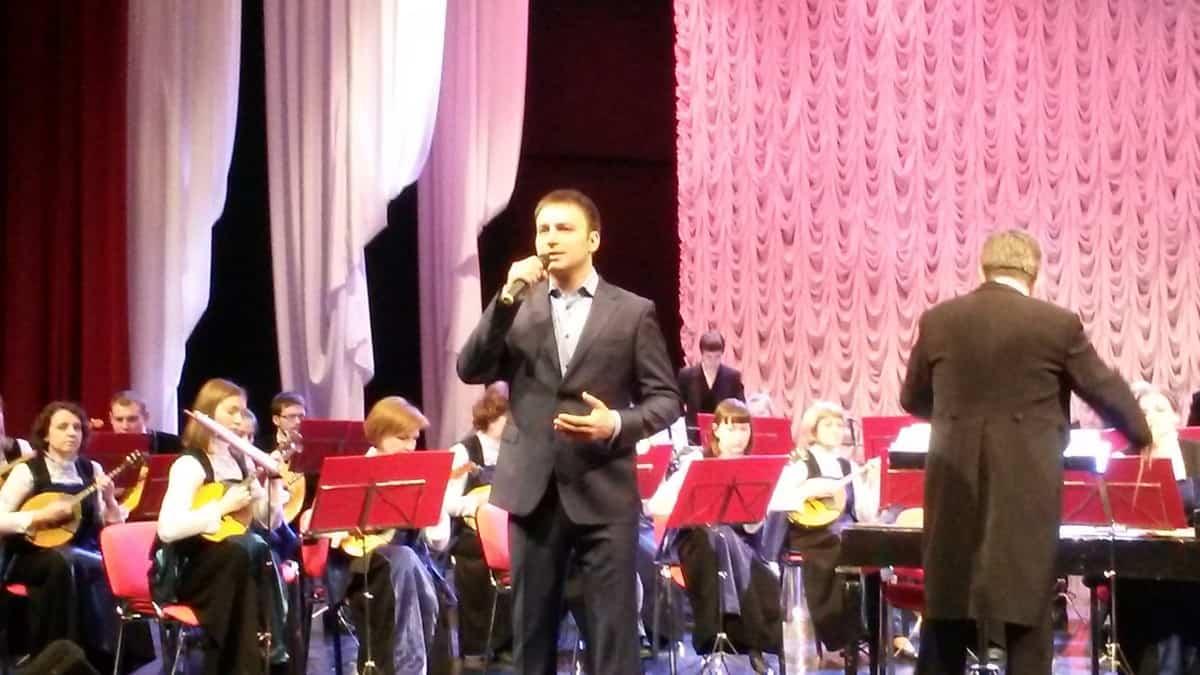 """Владислав Косарев, Геннадий Миронов и оркестр """"Онего"""""""