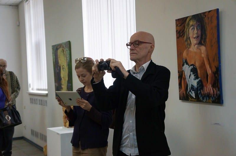 В Городском выставочном зале Петрозаводска открылась выставка, посвященная 70-летию Союза художников финского города Йоэнсуу