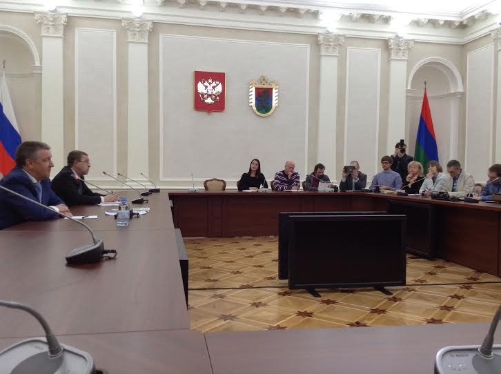 Александр Худилайнен: «Мы не ставим вопрос о сокращении малокомплектных школ»