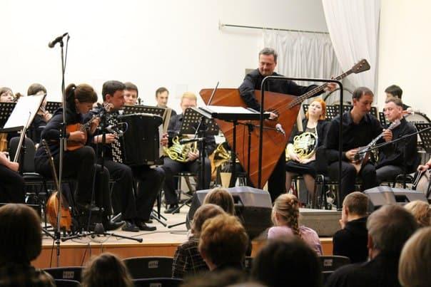 Чайковского и Шнитке сыграли на народных инструментах