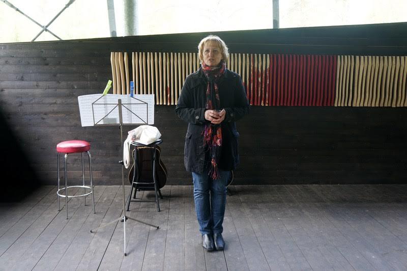 Выставку открывает директор и радушная хозяйка музея Улла Вартиайнен