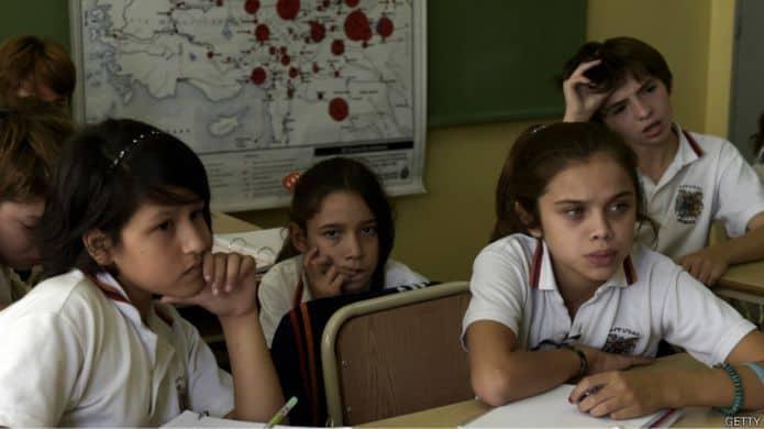 Снова в школу, или О чём в мире спорят больше всего