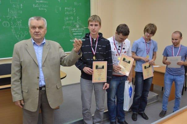 Президент ПетрГУ Виктор Васильев и команда Уральского федерального университета
