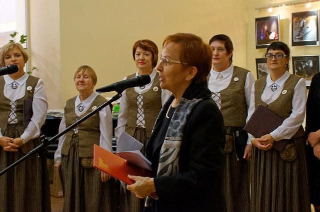 Приветствие газете от Петрозаводского отделения Генконсульства Финляндии в Санкт-Петербурге зачитывает вице-консул Пиркко Посио