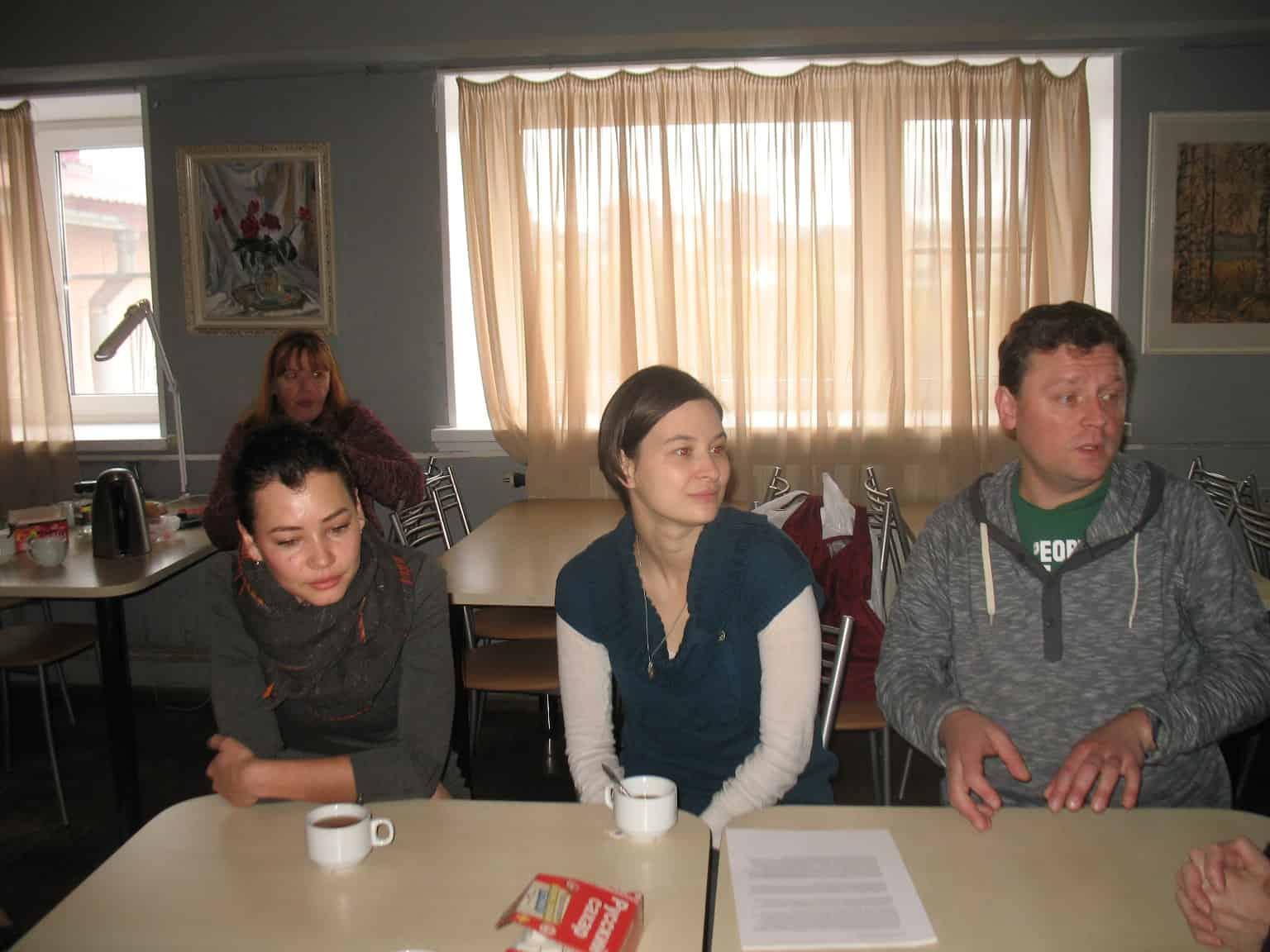 На пресс-конференции в Доме актера (слева направо):  Елена Димитрова, Елена Сапегина и Александр Картушин