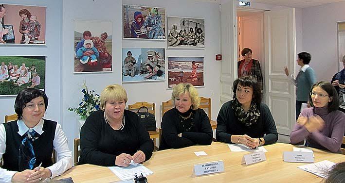 Участники пресс-конференции в Центре национальных культур и народного творчества Карелии в первый день фестиваля