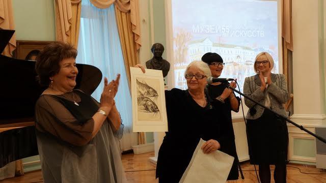 Новая работа для коллекции Музея изобразительных искусств Карелии. Фото Ирины Ларионовой