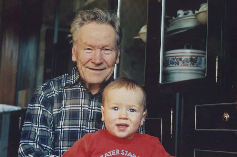 Михаил Ильич не только прекрасный коллега, но и любящий отец и дедушка