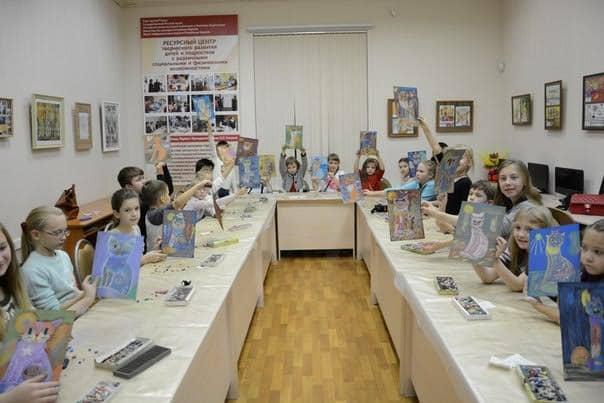 Мастер-класс с художником Маргаритой Юфа для детей. Был и мастер-класс для взрослых