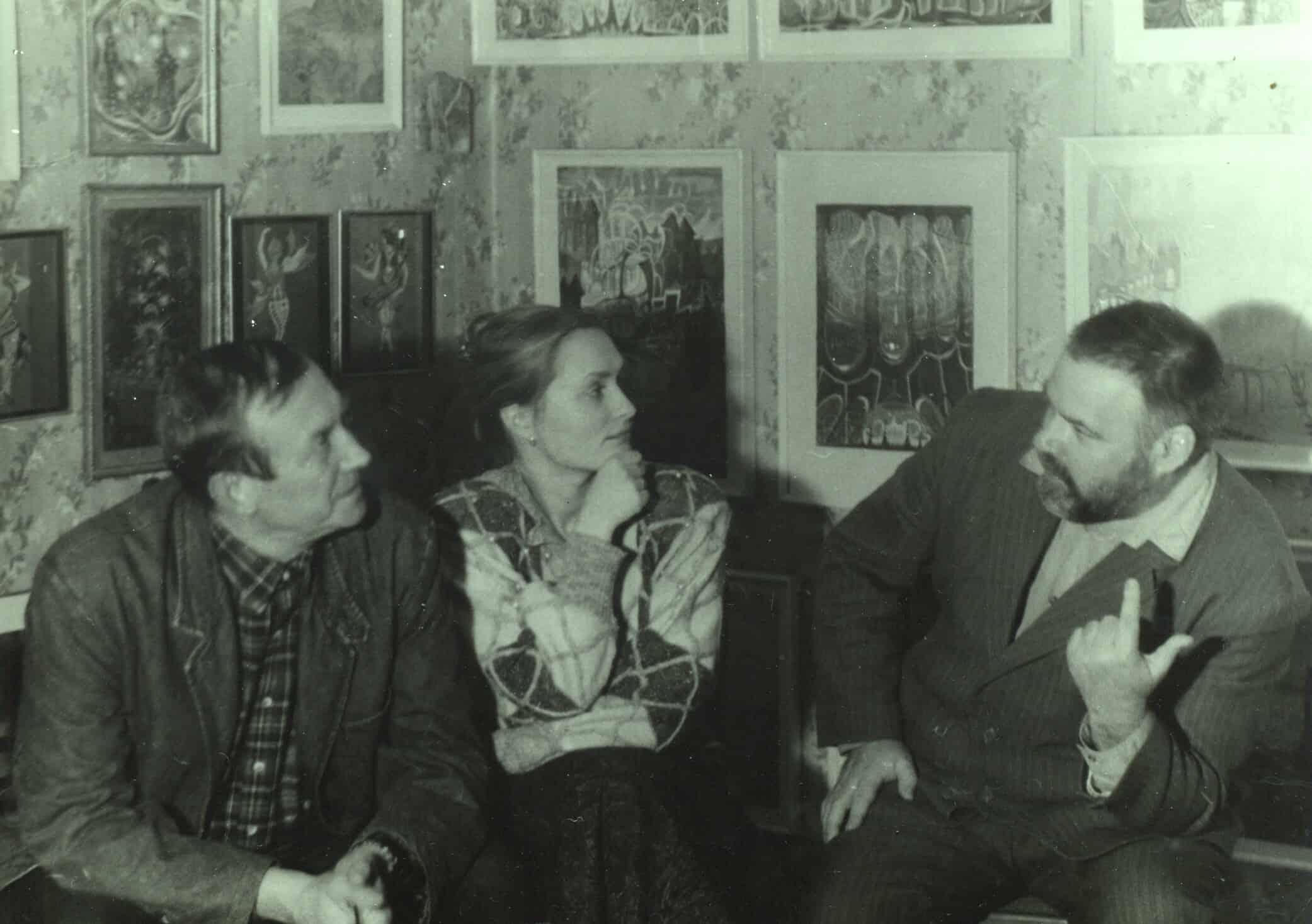 Евгений Евтушенко с женой Марией в квартире-музее Юрия Линника. 1988 год