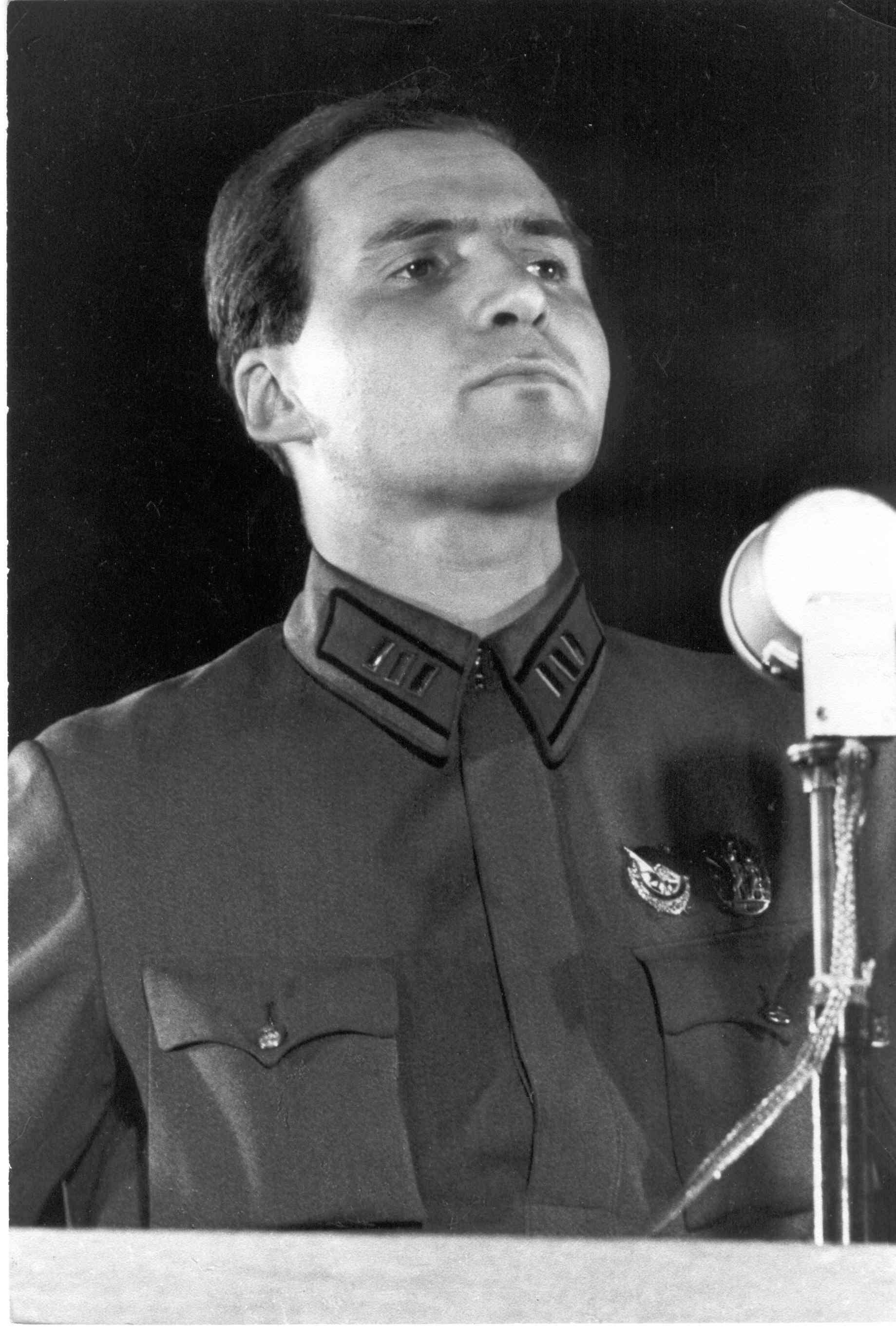 Константин Симонов выступает, 1942 год