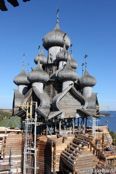 Реставрация Преображенской церкви в Кижах в 2018 году завершена не будет