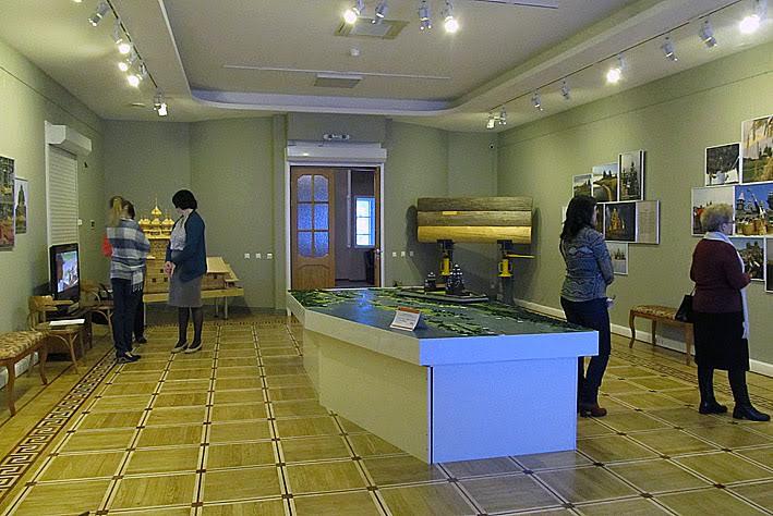 Панорама выставочного зала после реконструкции