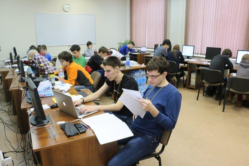 Сильнейшие программисты со всего мира съехались в ПетрГУ