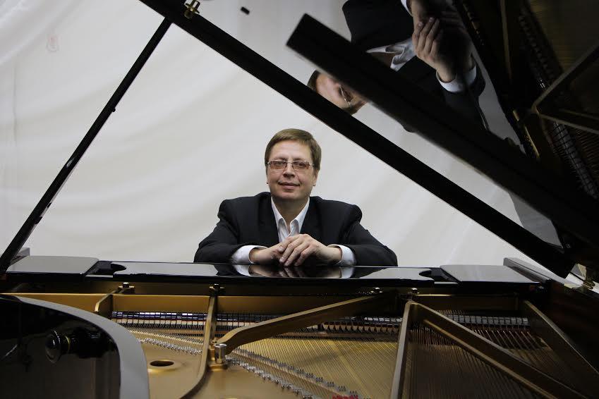 Александр Онькин. Фото Карельской государственной филармонии