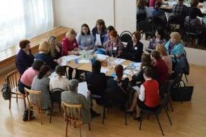 За круглым столом встретились учителя, родители и управленцы