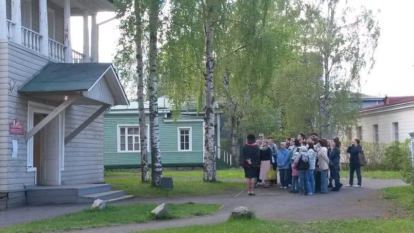 Экскурсия по кварталу исторической застройки в Петрозаводске. Фото из группы vk.com/kizhi_museum