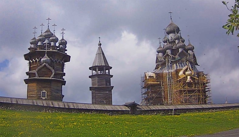 Трудности с реставрацией Преображенской церкви в Кижах продолжаются