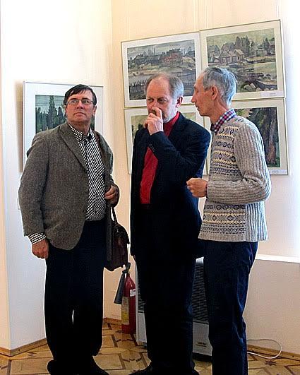 Разговор коллег-художиков: слева направо Владимир Баландин, Валерий Кошелев, Борис Акбулатов