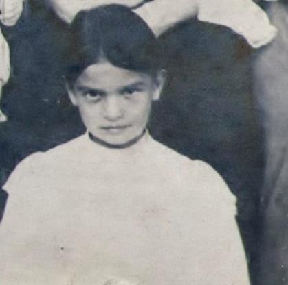 Мария Кировна Котикова, 9 лет, 1906 год