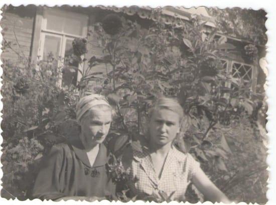 Наталья Кировна Котикова с племянницей Кирой
