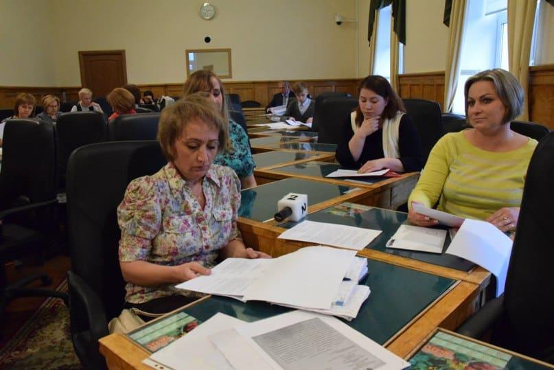 Родители воспитанников школы-интерната №22 в парламенте Карелии