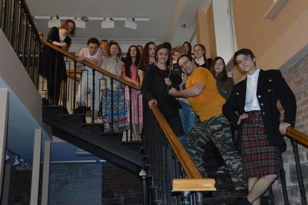 Участники театрализованного детектива «Узник подземелья» в Национальном музее. Фото НМ РК