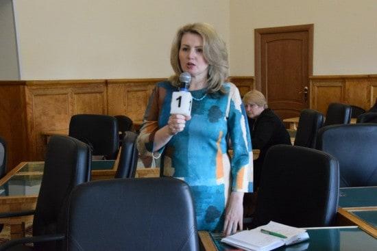 """Лариса Степанова: """"Вас не интересует сохранение интерната? Правильно я вас поняла?"""""""