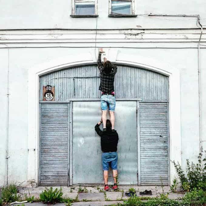 Гости Карельской арт-резиденции московские художники Иван Архипов и Рустам Шерифзянов