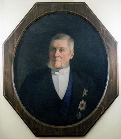 Губернатор Григорий Григорьевич Григорьев. Это по его указу 145 лет назад в Петрозаводске был создан музей