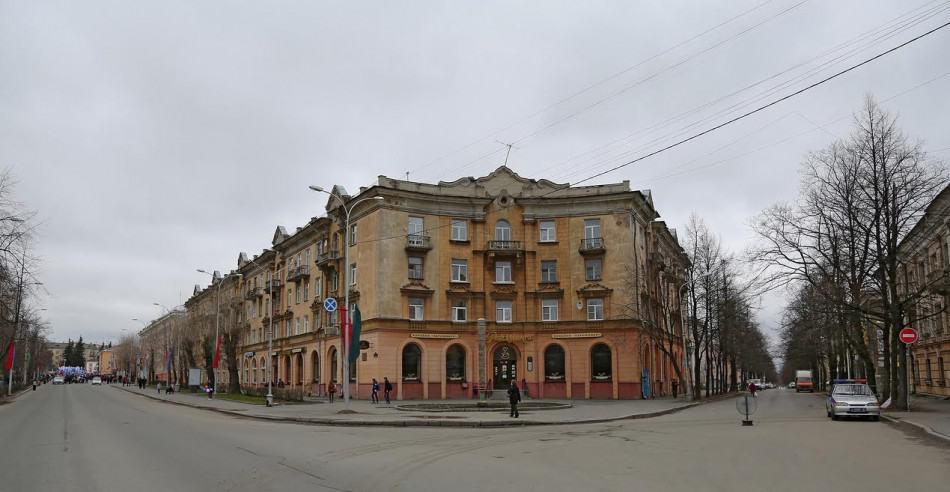 Дом Марины на пр. Карла Маркса. Фото vk.com/club_10region_ptz
