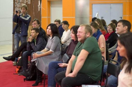 Дмитрий Новиков и Александр Бушковский на Московской международной книжной выставке-ярмарке. Фото Виктории Лебедевой