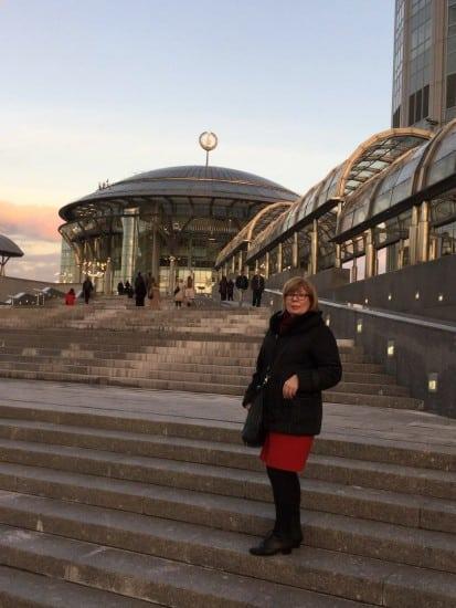 Зоя Арнаутова у Московского международного дома музыки
