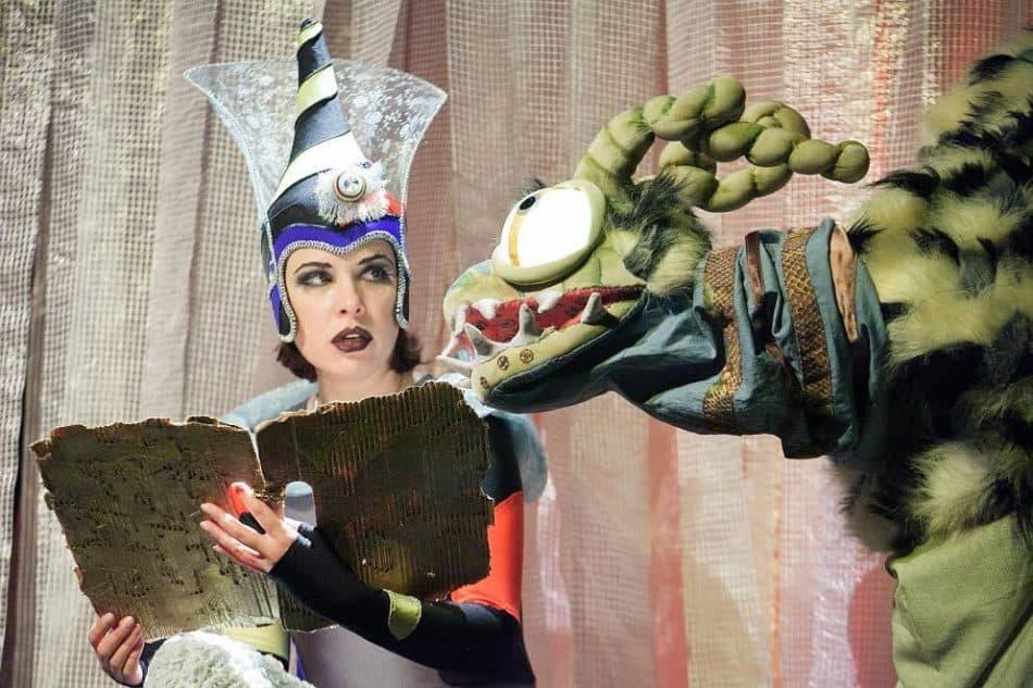 Сцена из спектакля «Волшебник страны Оз»