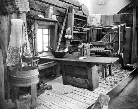 Музейная экспозиция 1930-х годов