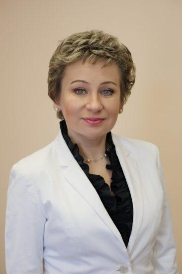Лариса Подсадник - председатель комитета, секретарь регионального отделения «Единой России», ректор Карельского института развития образования